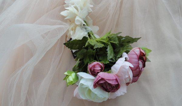 buchete mireasa cu flori artificiale